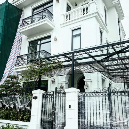 Villa Vinhomes GreenBay (đang bàn giao)